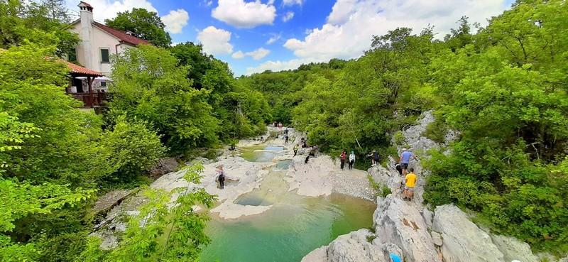 slapovi rijeke mirne